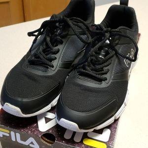 Fila mens running shoes black on black 10.5M